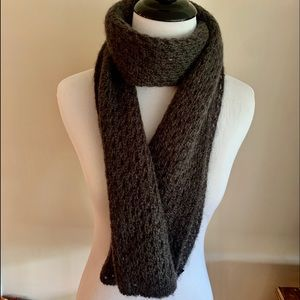 Cejon  accessories.  Gray scarf
